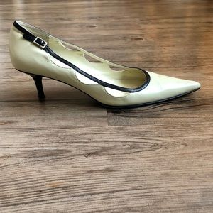 Banana Republic Kitten Heels